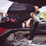 Come scegliere l'olio motore giusto per auto